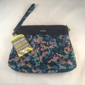 Travelon Floral Wristlet Pouch